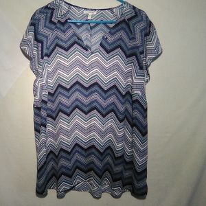 Maurice's multicolor zigzag SS top.  2X. #619